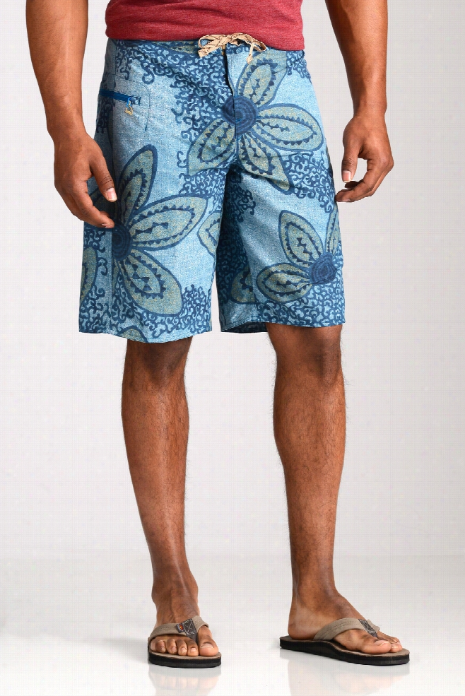 Patagonia Men's Underwater Blue Wavefarer Board Shorts