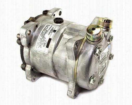 Crown Automotive Air Conditioning Compressor J8133449 A/C Compressor