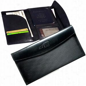 Manhasset Travel Wallet