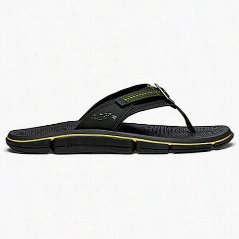 OluKai Men's Holomua Sandal
