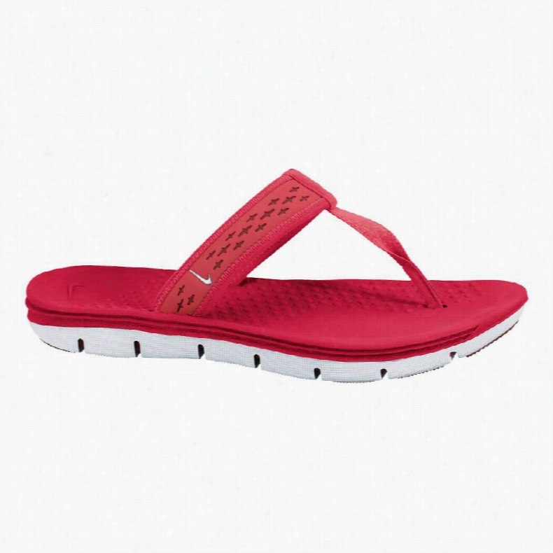 Nike Celso Freemotion Thong Sandals