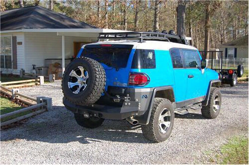 2007 TOYOTA FJ CRUISER Fab Fours Rear Bumper Tire Carrier in Bare Steel