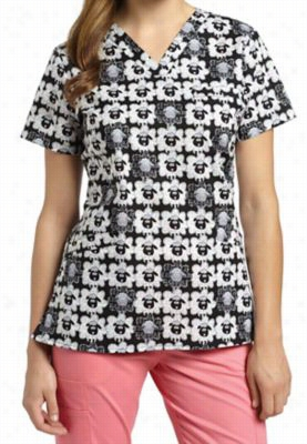 Whtie Cross Sheep To Sheep print scrub top. - Sheet To Sheep - XS